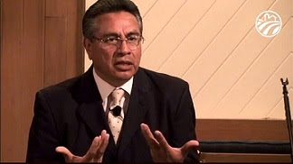 Pastor Chuy Olivares