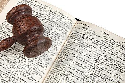 biblia-del-mazo-del-juez-6889924