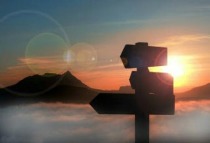 Las Medidas Nuestras y Las de Dios: DiametralmenteOpuestos.