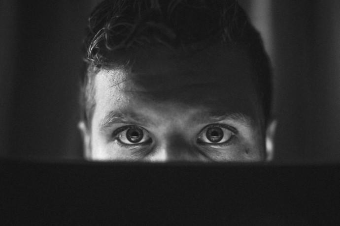 La pornografía no es inofensiva. Es cruel por JustinHolcomb